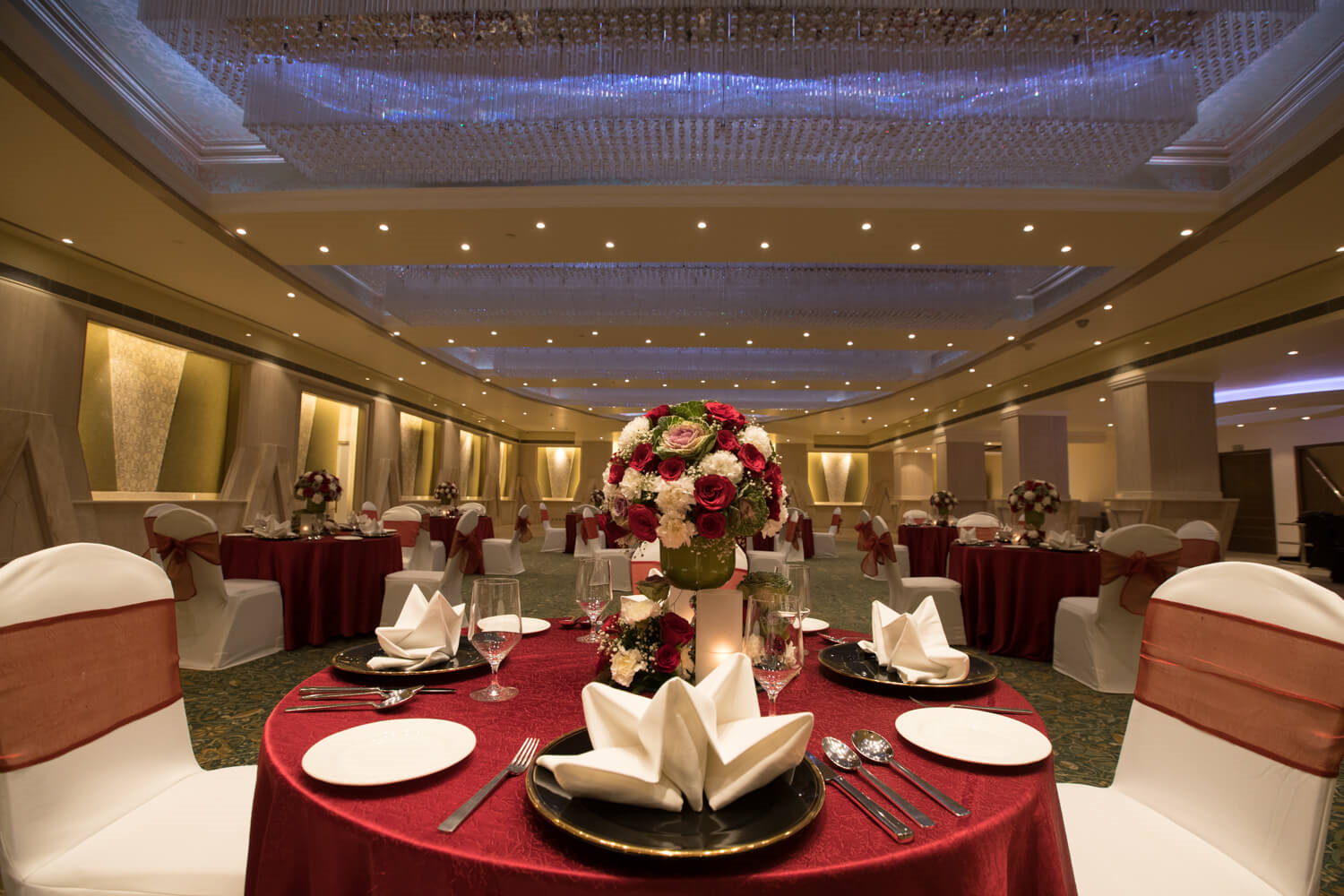 5 Star Wedding Hotels in Delhi| Wedding Halls in Delhi| Club